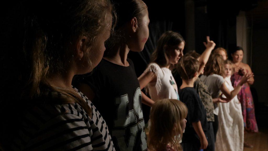 Deti a divadlo